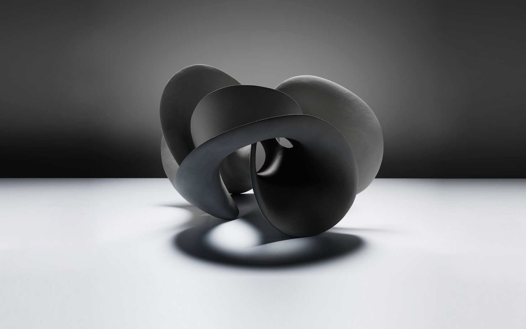 Grey Form, ceramics 60x55x50 cm, Photographer: Michael Harvey
