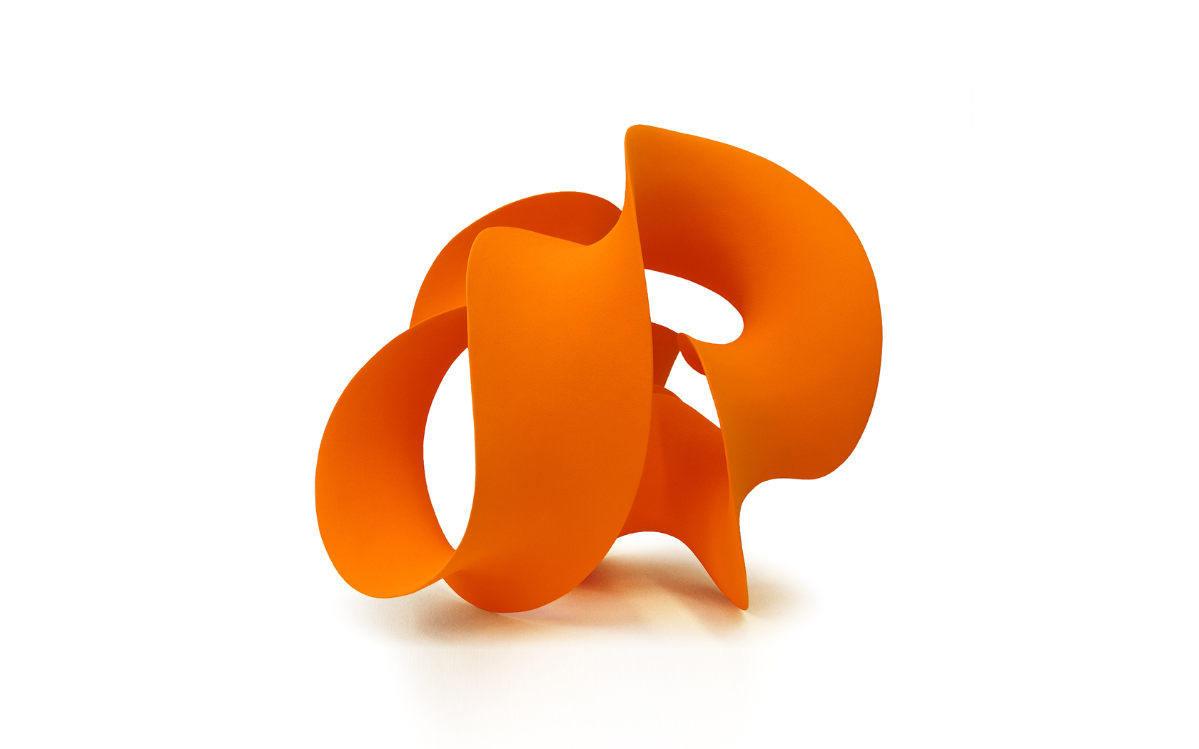Orange Form, ceramics; 90x80x90 cm