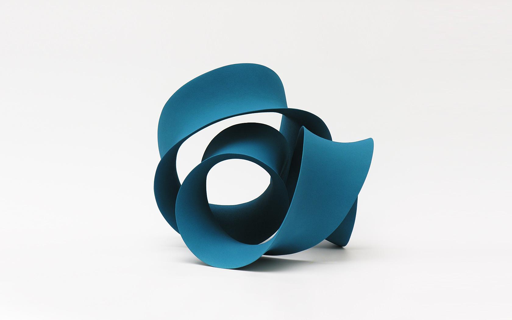 Turquoise loop, ceramics; 50x50x40 cm